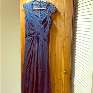 Tadashi  embroidered long gown Size 10